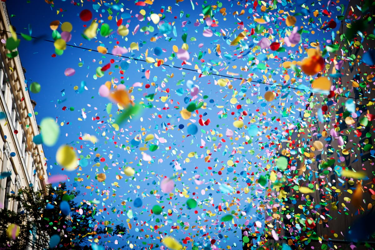 culture-recognition-celebration-confetti