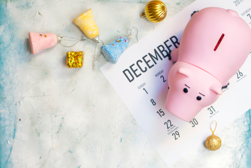 helping-employees-save-money-christmas