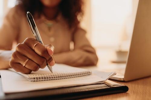 escribiendo-1