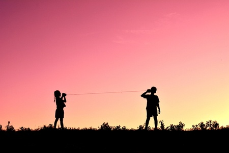 kids-playing-string-phone.jpg
