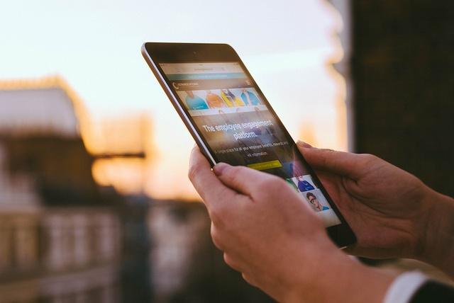 innovative-technology-smartphone.jpg
